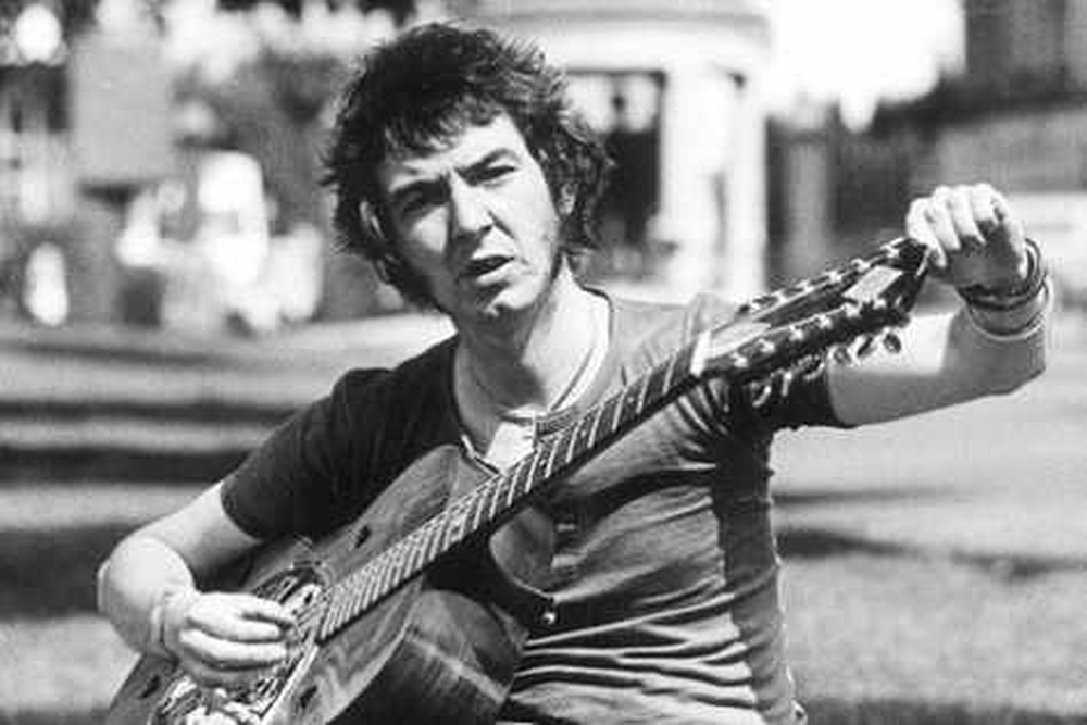 The late great Ronnie Lane